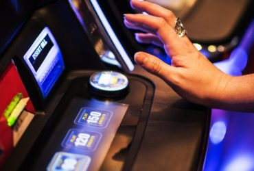 Online Slot Games and Exciting Poker