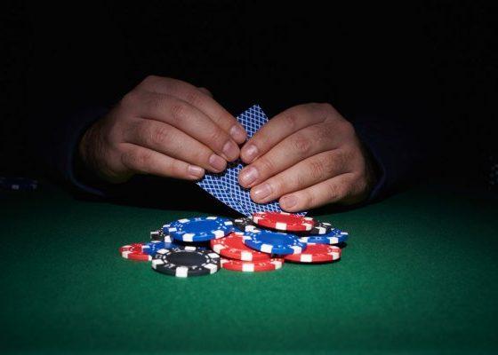 Guide to Winning Online Poker Gambling