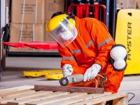 Macam-macam Alat Pelindung Diri Untuk Kontruksi yang Wajib Digunakan